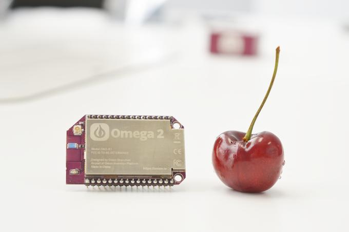 Omega 2 $5 Linux Module Raspberry Pi