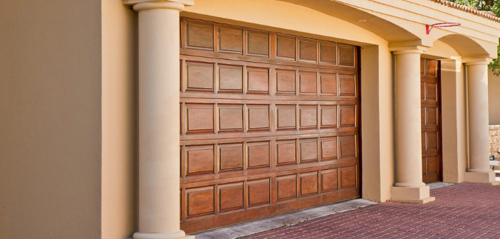 Best Garage Door Opener for 2016 Article Featured Image